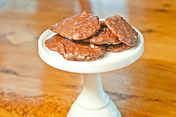 Nutella No Bake Cookies - Add a Pinch