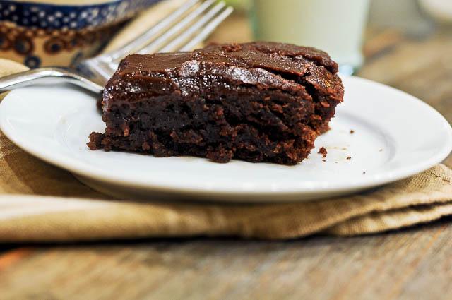 recipe: texas sheet cake with cinnamon [15]