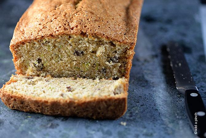 Zucchini Bread Recipe from addapinch.com