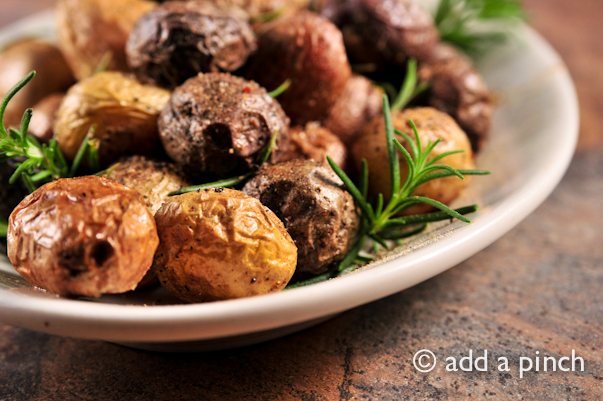 Rosemary Potatoes Recipe | addapinch.com