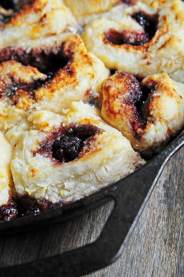 blackberry-breakfast-cobbler-DSC_1838
