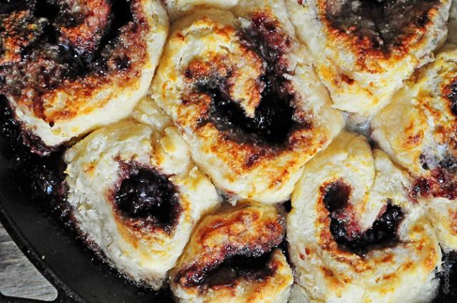 blackberry-breakfast-cobbler-DSC_1841