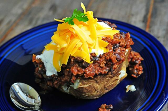chili-stuffed-potato-DSC_1955