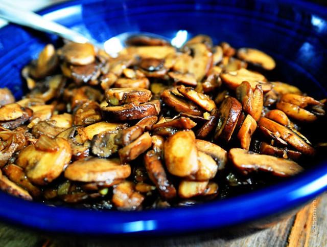 Mushroom Saute Recipe | addapinch.com