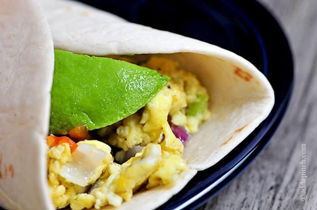Breakfast Burrito | ©addapinch.com