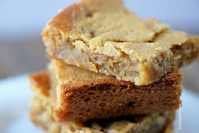 Salted Caramel Blondies | ©addapinch.com