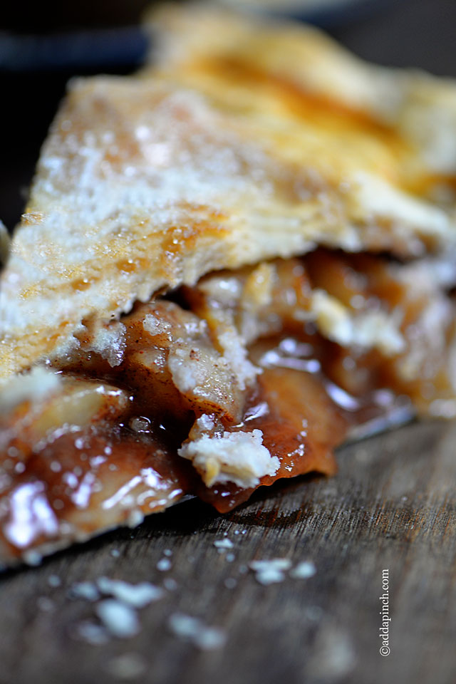 Apple Pie Recipe | ©addapinch.com