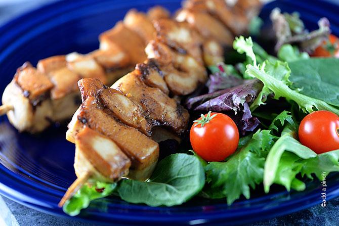 Balsamic Chicken Skewers Recipe from addapinch.com