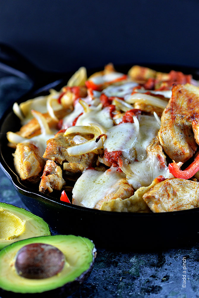 Chicken Fajita Nacho Recipe from addapinch.com