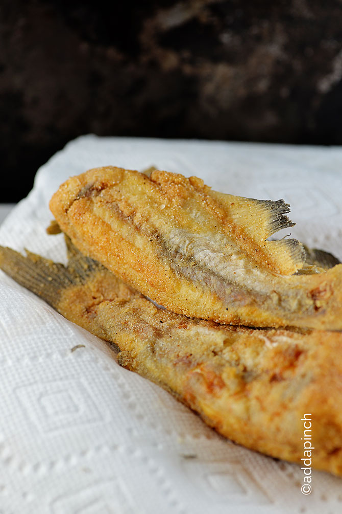 Fried Catfish Recipe from addapinch.com