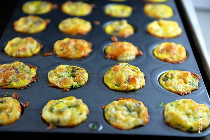 Mini Quiche Recipe from addapinch.com