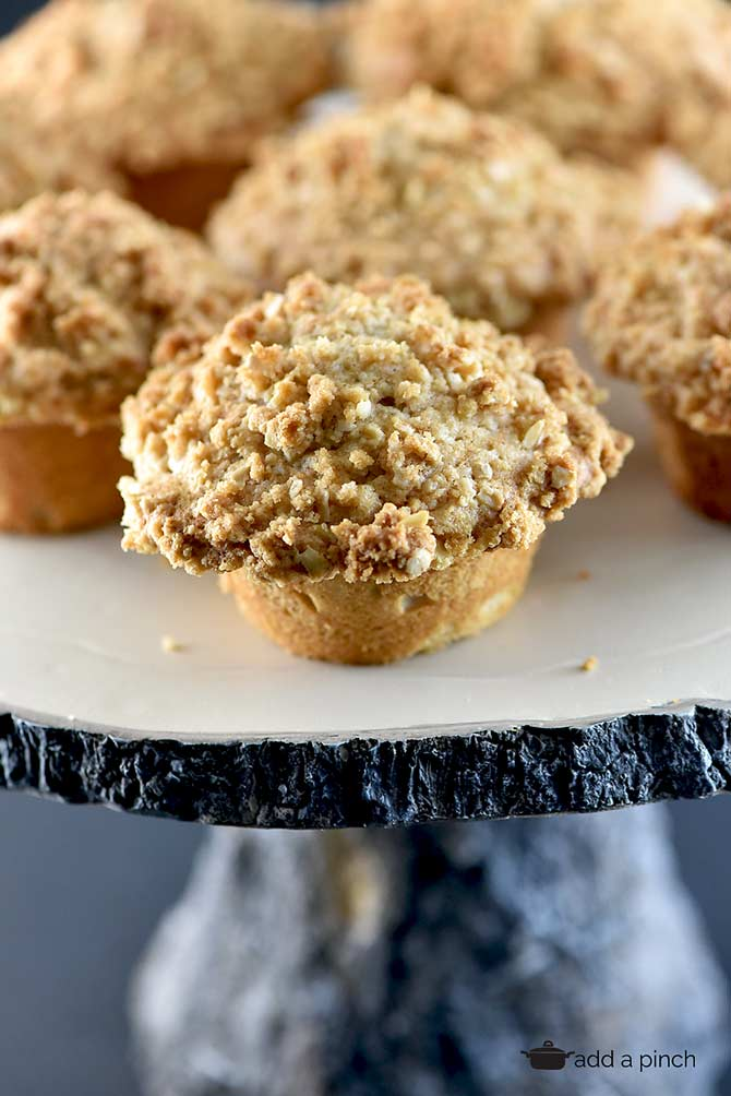 Cinnamon Muffins Recipe with Streusel Topping from addapinch.com