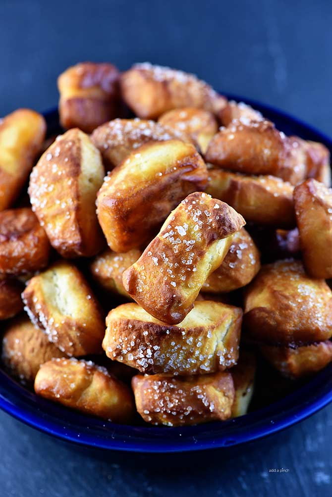 Pretzel Bites Recipe from addapinch.com