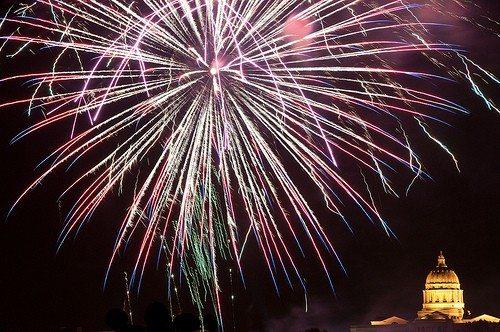 fireworksMO2010