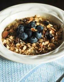 Slow Cooker Oatmeal | addapinch.com
