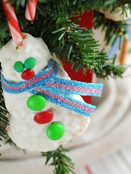 Peppermint Rice Krispies Snowball Treats