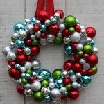 Mingle Monday {7 Christmas Wreaths Tutorials}