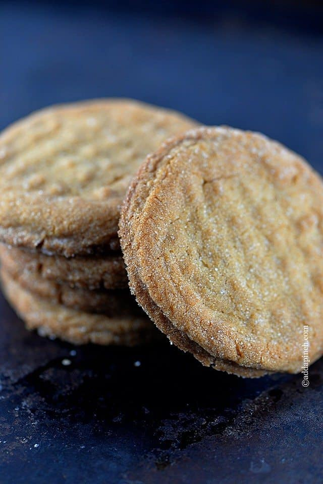 Peanut Butter Cookies - The best Peanut Butter Cookies are soft, chewy, delicious, and rich with peanut butter! An easy Peanut Butter Cookie recipe and a classic favorite cookie! // addapinch.com