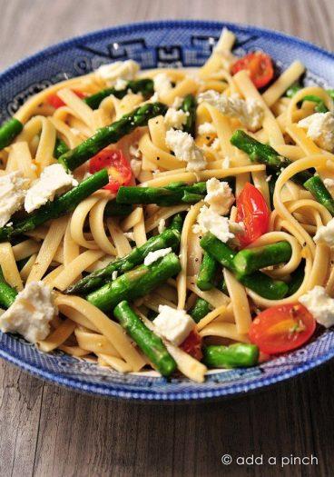 Spring Asparagus and Tomato Pasta with Feta Recipe