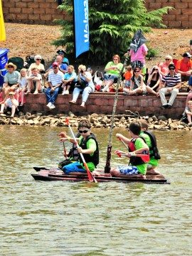 Cardboard Boat Races, Puppy Dogs, and Mother's Day {Mingle Monday}