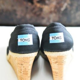Toms Wedges | addapinch.com