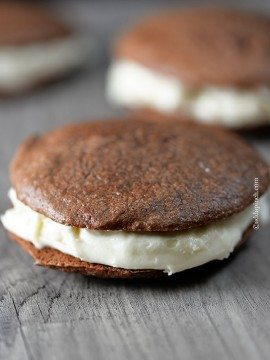 Peppermint Cream Chocolate Cookie Sandwiches Recipe