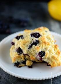 rp_lemon-blueberry-scones-DSC_2901.jpg