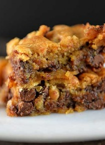 chocolate-chip-blondies-recipe-DSC_4577