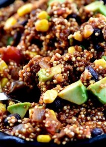 one-pot-mexican-quinoa-recipe-DSC_0334-670x445
