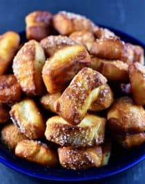 Pretzel Bites Recipe from addapinch.com
