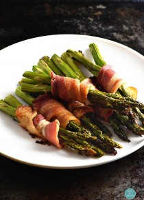 rp_bacon-wrapped-asparagus-recipe-DSC_0657.jpg