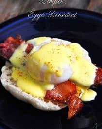 Eggs Benedict Recipe // addapinch.com