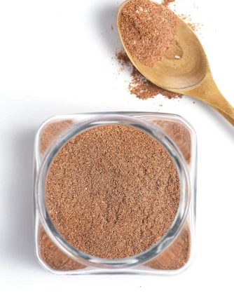 Homemade Taco Seasoning Recipe - This easy homemade taco seasoning mix is made with just five ingredients and with no preservatives! Great for tacos, fajitas, and so much more! // addapinch.com