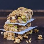 Dark Chocolate Cherry Pistachio Granola Bars Recipe