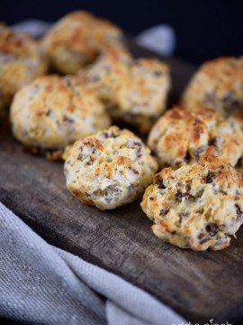 Sausage Cheddar Biscuit Bites Recipe