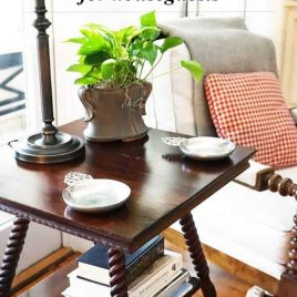 Preparing for houseguests makes your guests feel welcome and reduces stress for them and you! // addapinch.com