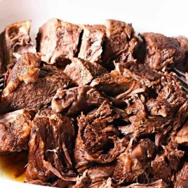 Pressure Cooker Balsamic Beef Recipe - Balsamic Beef makes a favorite, flavorful meal. Made with a pressure cooker, this balsamic beef is ready and on the table in minutes not hours! // addapinch.com
