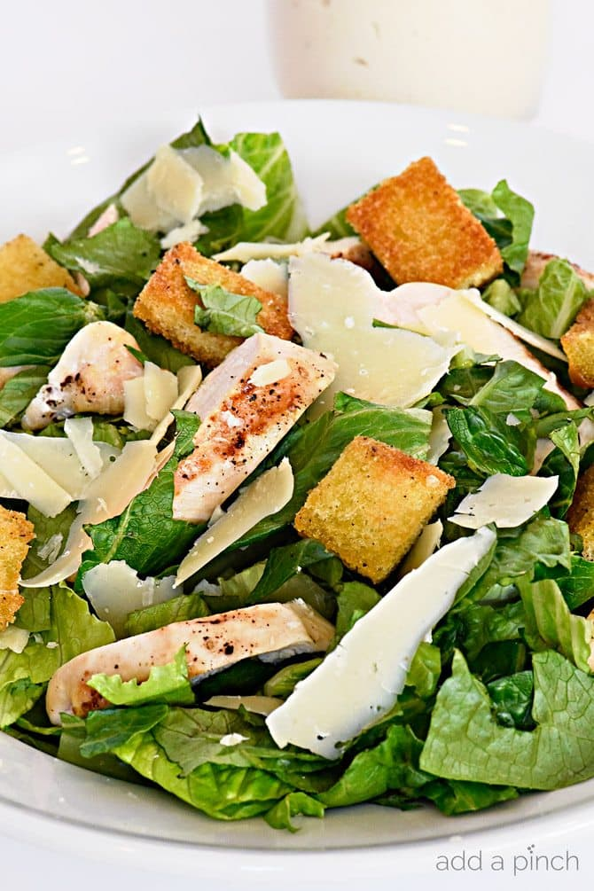 Chicken Caesar Salad Recipe - This Chicken Caesar Salad recipe makes an easy salad recipe perfect for lunch or supper! // addapinch.com