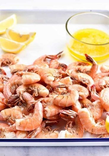 Boiled Shrimp Recipe - This Boiled Shrimp Recipe makes perfectly boiled shrimp every time! So versatile for a quick and easy weeknight super or for entertaining! // addapinch.com