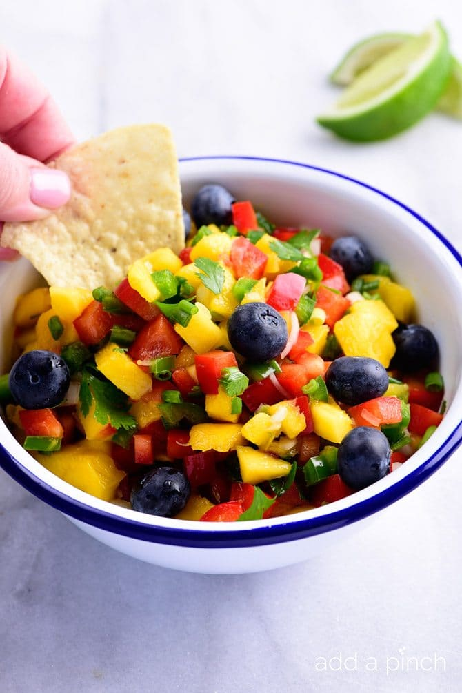 Mango blueberry salsa recipe add a pinch for Mango salsa recipe for fish