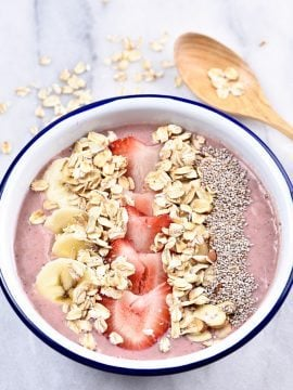 Strawberry Banana Smoothie Bowl Recipe