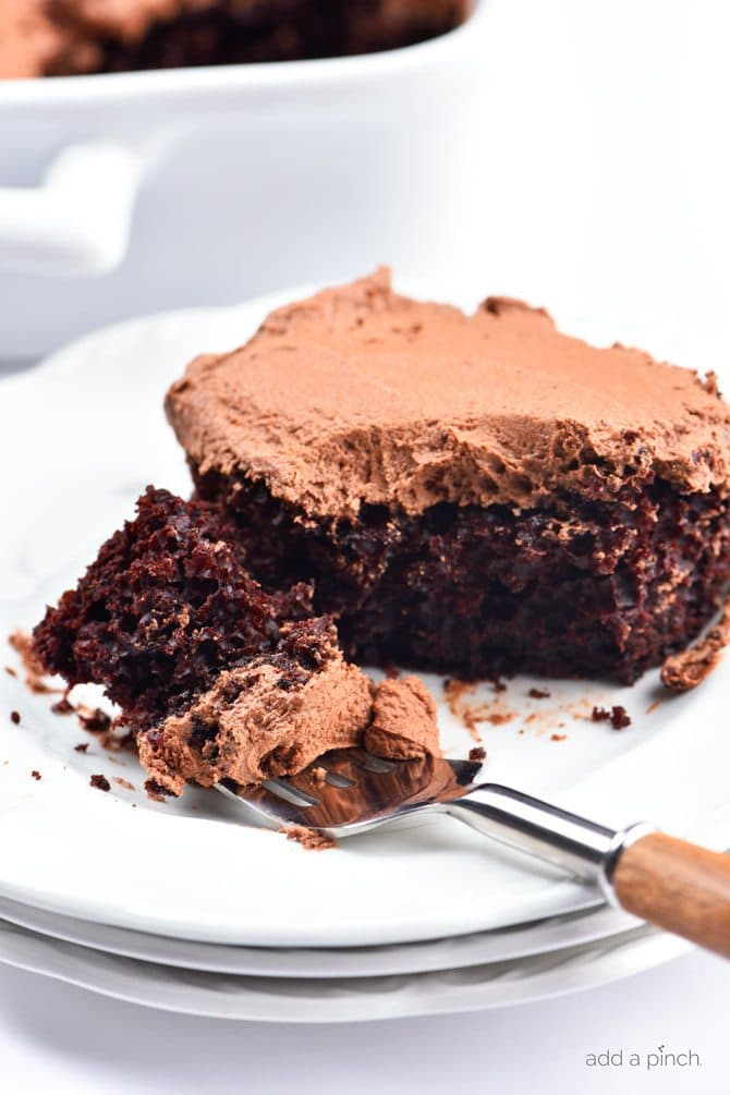 Best And Easiest Chocolate Cake Recipe