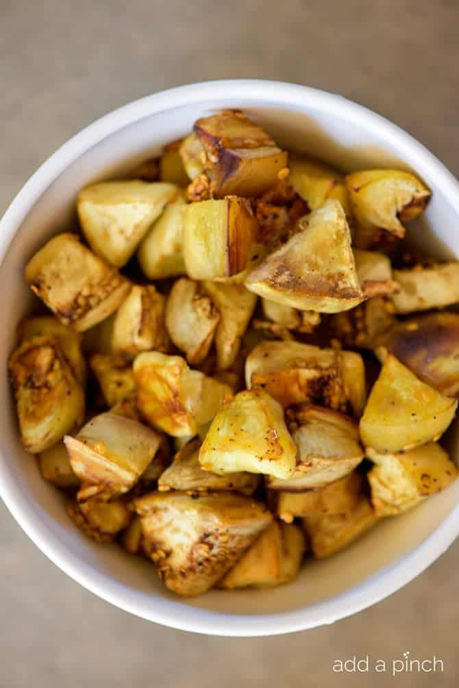 Roasted Eggplant Recipe - Roasted Eggplant makes an easy and delicious dish on its own or to use in so many other recipes! // addapinch.com