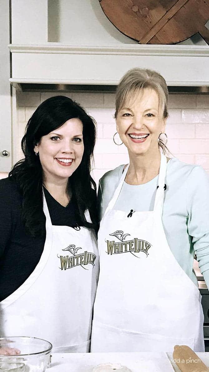 Robyn Stone and Linda Carman // addapinch.com