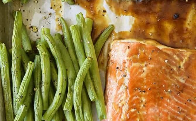 Sheet Pan Teriyaki Salmon with Green Beans Recipe - This Sheet Pan Teriyaki Salmon with Green Beans recipe comes together in a snap! Ready and on the table in less than 30 minutes, it is a definite family favorite meal! // addapinch.com