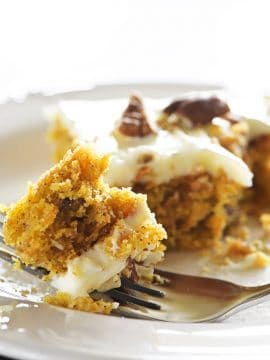 Easy Carrot Cake Sheet Cake Recipe