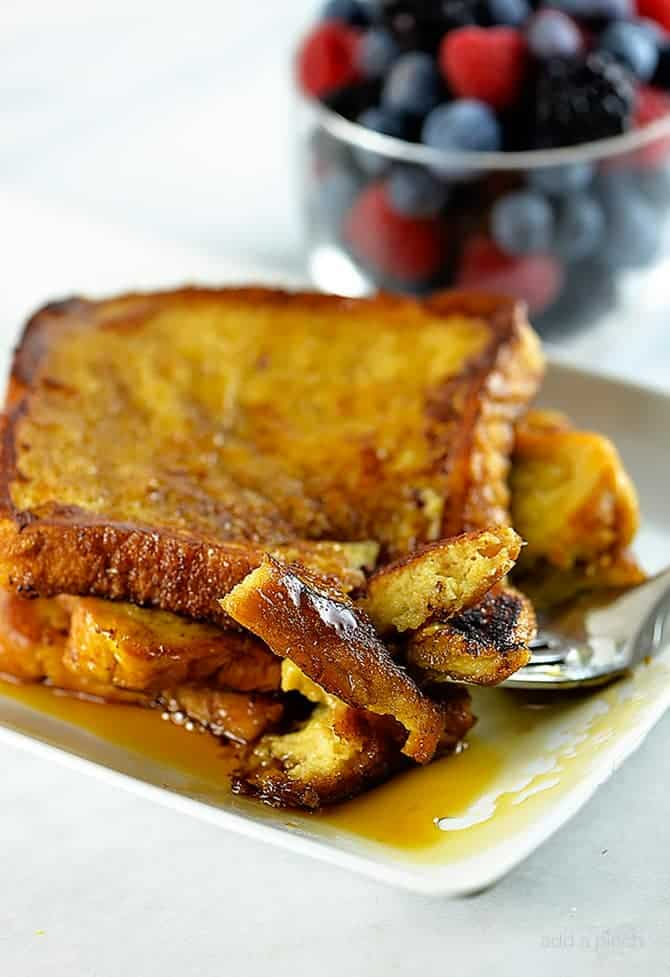 his French toast recipe makes a delicious breakfast or brunch. Make this simple, yet perfect French toast recipe that everyone will love. // addapinch.com