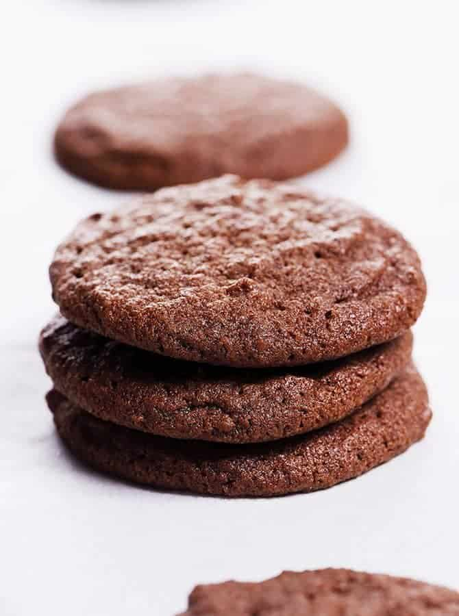 Chocolate Sugar Cookies Recipe - This easy recipe makes the best soft chocolate sugar cookies! A crisp outside with a tender, chewy center makes these cookies and absolute favorite! // addapinch.com