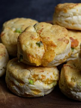 Cheddar Scallion Biscuits Recipe