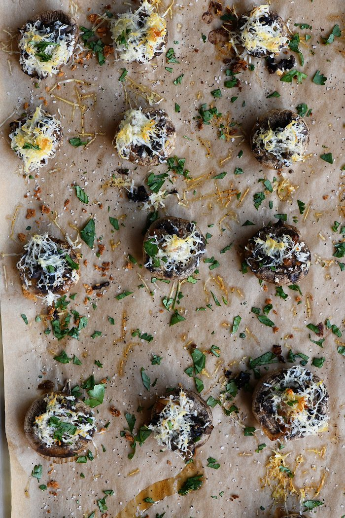 French Onion Soup Stuffed Mushrooms Recipe - My favorite French Onion Soup meets stuffed mushrooms in this delicious appetizer recipe!  // addapinch.com